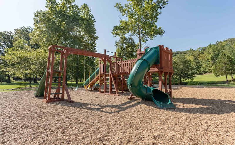 Playground,Play Area,Outdoor Play Area,Slide