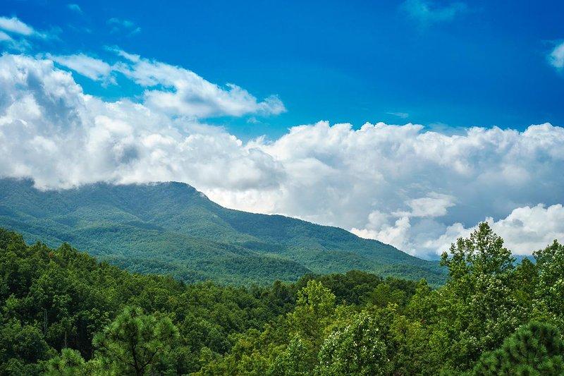 Nature,Outdoors,Weather,Mountain Range,Mountain