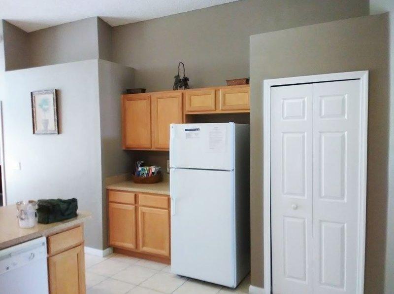 Refrigerador, Puerta, Interior, Habitación, Muebles