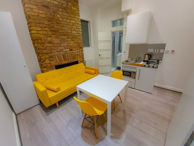 Rentaly London Green Lanes, holiday rental in Wood Green