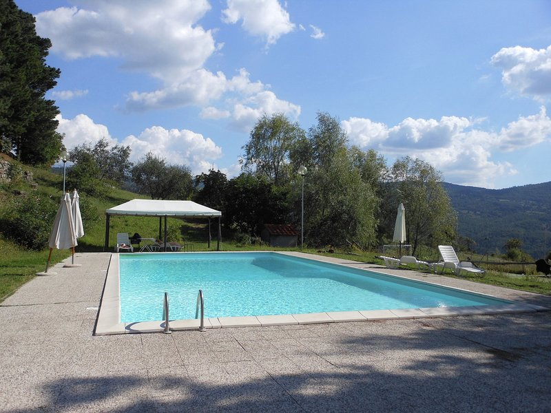 Luxurious Farmhouse in Rufina with Private Pool, holiday rental in Rufina