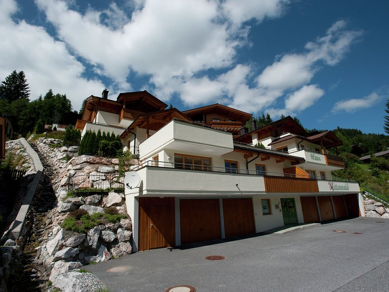 Luxurious Chalet in Saalbach with Sauna, holiday rental in Hinterglemm