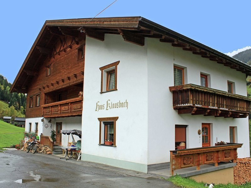 Cozy Apartment near Ski Area in See, holiday rental in See