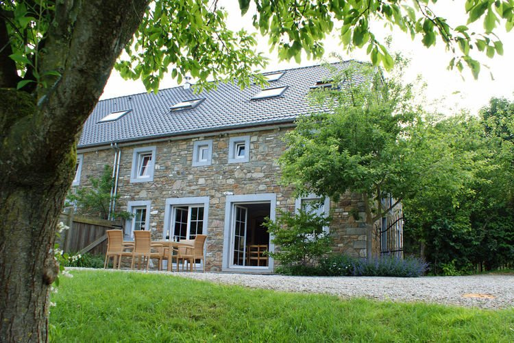 Attractive, comfortable holiday home for large group, holiday rental in Theux