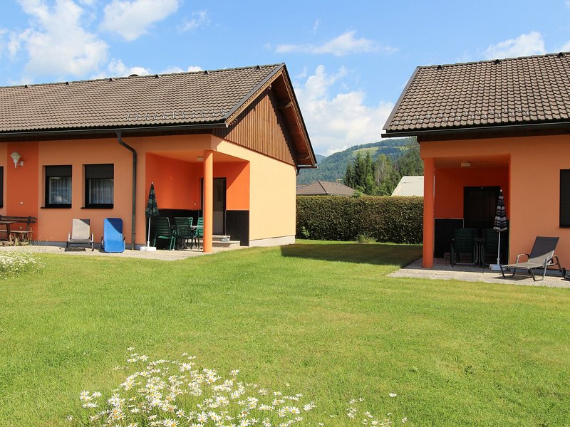 Duplex Apartment in Glödnitz with Pool, holiday rental in Sirnitz-Sonnseite