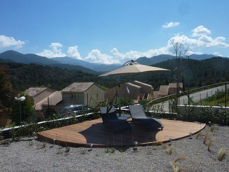 Apartment with mountain view, location de vacances à Castello-di-Rostino