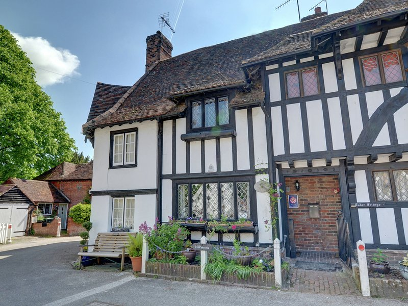 Exclusive Holiday Home in Canterbury Kent with Garden, Ferienwohnung in Petham