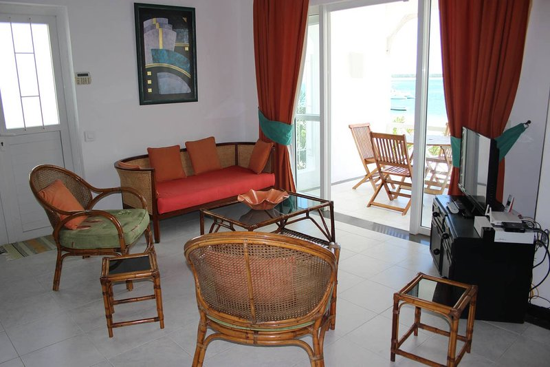 Nice apt with sea view & terrace, alquiler vacacional en Palmar