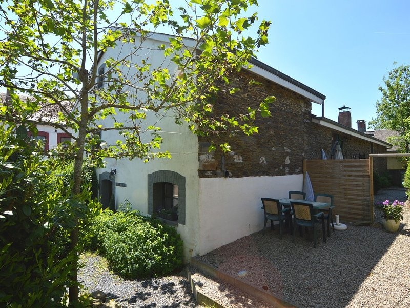 Cozy Holiday Home in Luxembourg near Forest, location de vacances à Gouvy