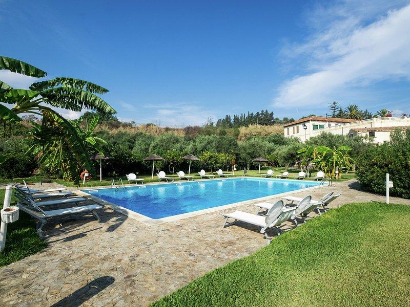 Cozy Holiday Home with Swimming Pool in Santa Flavia, casa vacanza a Santa Flavia