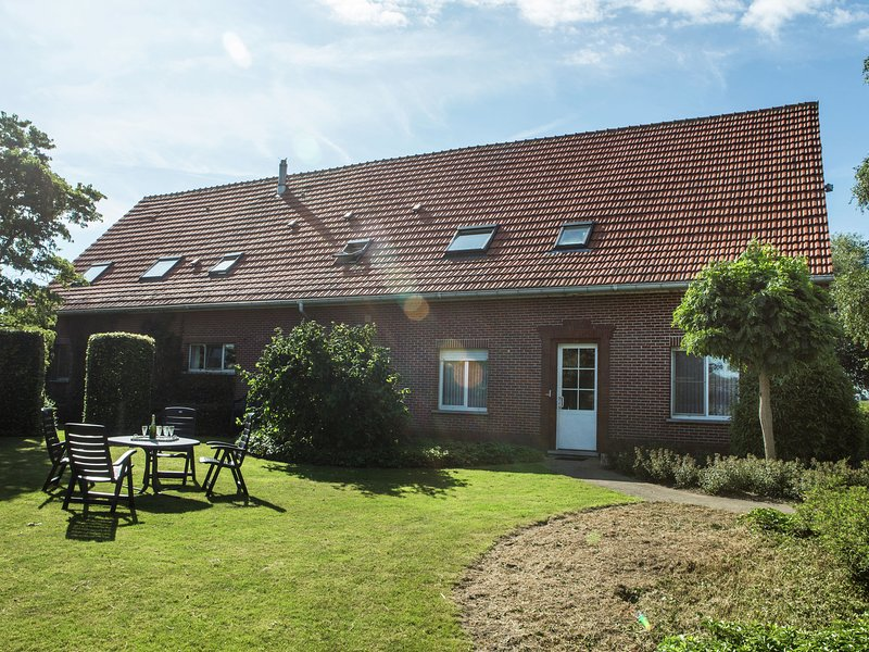 This cosy upper floor of a farm, holiday rental in Merksplas
