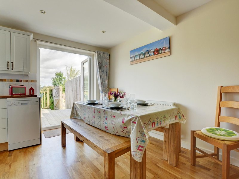 Charming cottage in Middleton with a beautiful view from the garden, Ferienwohnung in Theberton