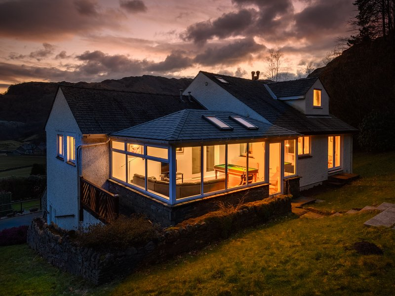 Sprawling Holiday Home in Chapel Stile with Conservatory, holiday rental in Little Langdale