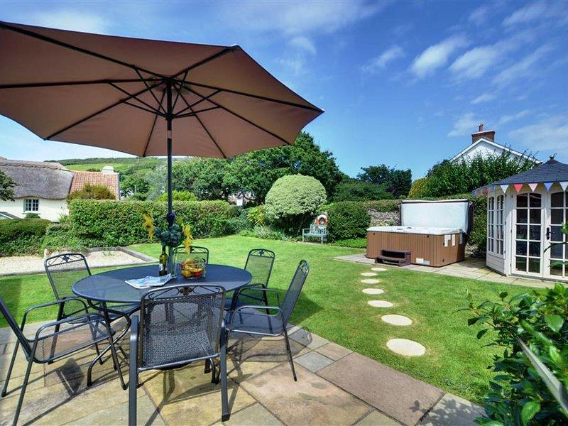 Comfortable holiday home in Croyde near beach – semesterbostad i Saunton