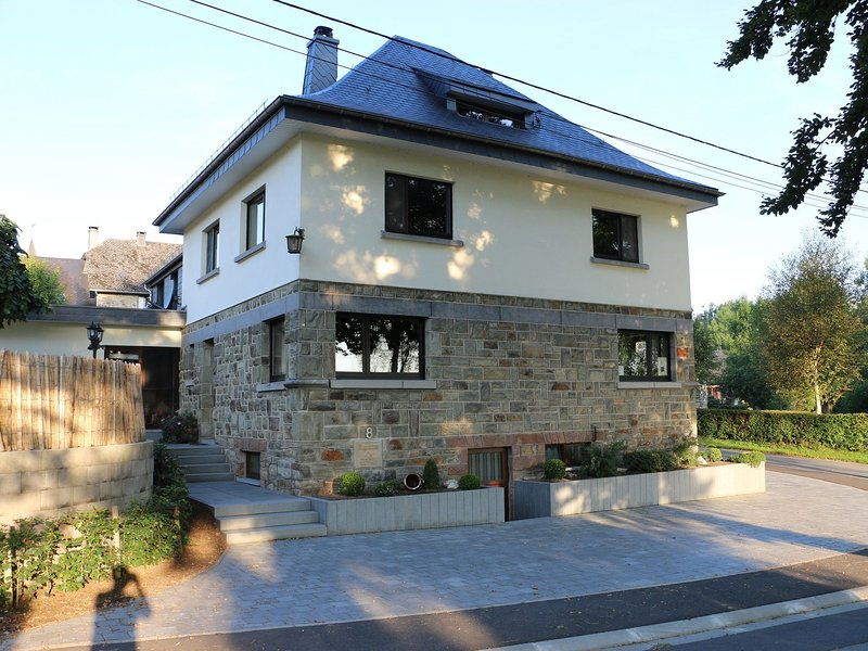 House in the Belgian countryside, ideal base for many fine excursions, holiday rental in Wirtzfeld