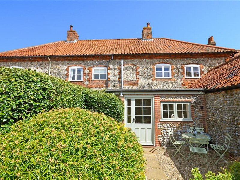 Charming holiday home in Blakeney with Garden, aluguéis de temporada em Blakeney