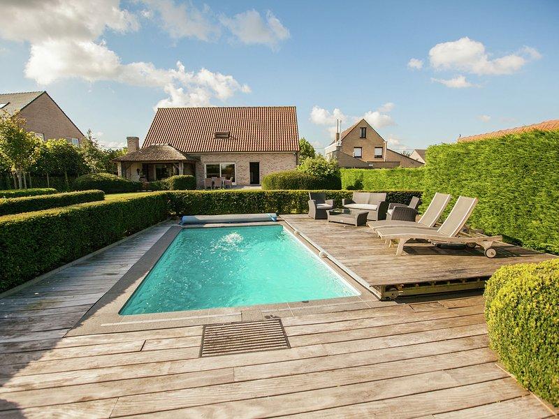 Beautiful villa with heated swimming pool with jet stream, in the village of Aar, alquiler de vacaciones en Jabbeke