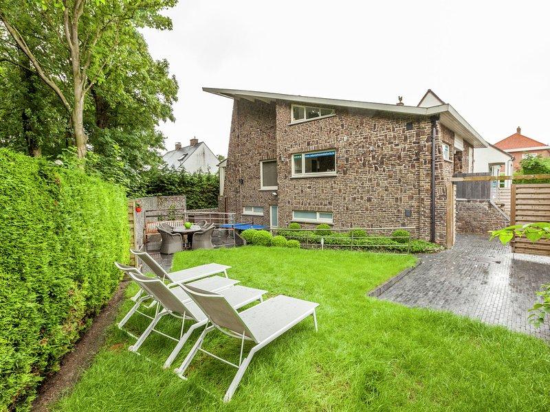Luxury Villa with Sauna and Jacuzzi in Middelkerke, location de vacances à Middelkerke