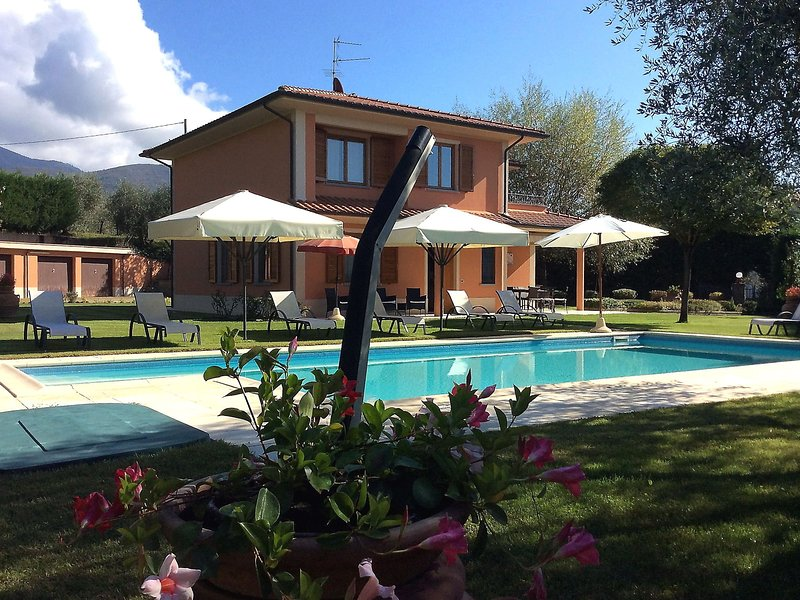 A cozy villa situated in the Tuscany hills, holiday rental in Loro Ciuffenna