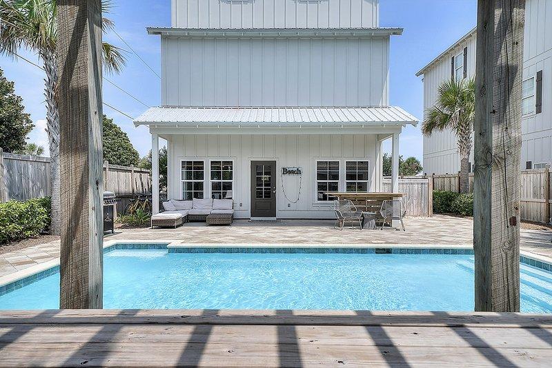 Maison, bâtiment, patio, eau, piscine