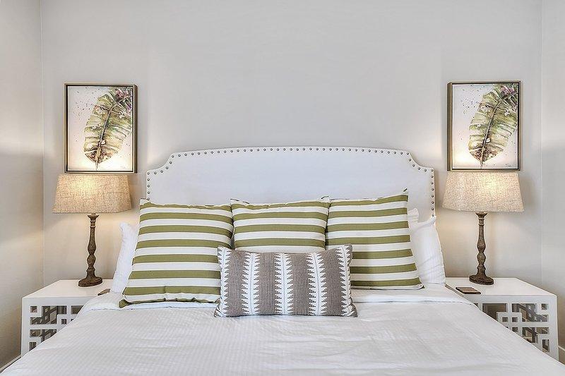 Intérieur, pièce, chambre à coucher, meubles, coussin