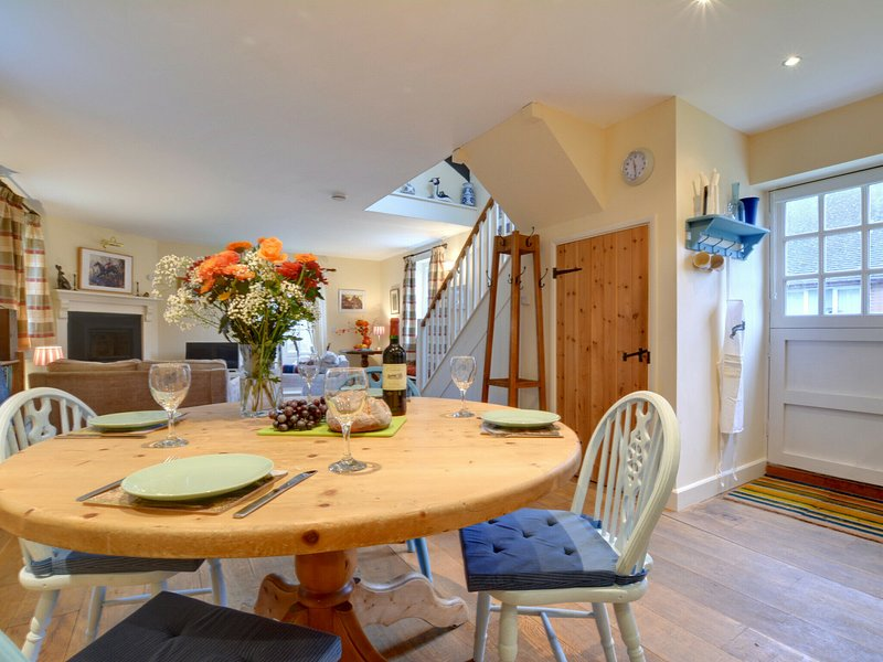 Originally the village schoolroom in the centre of the village, holiday rental in Brabourne