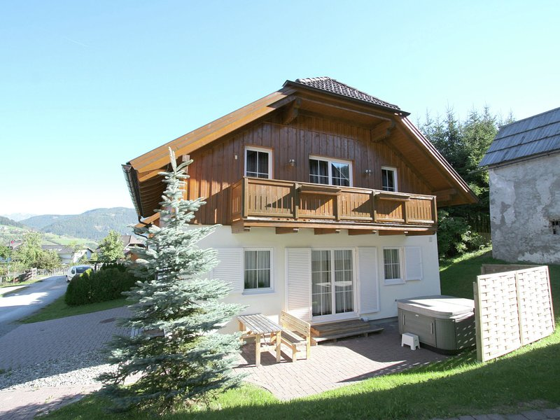 Peaceful Chalet with Sauna in Sankt Margarethen – semesterbostad i St. Margarethen