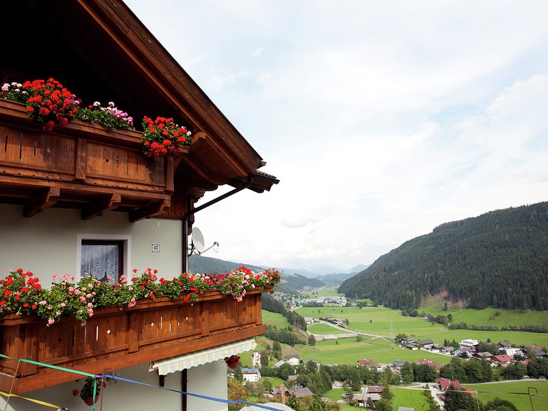Sunny Apartment in Wagrain Austria with Balcony, location de vacances à Wagrain
