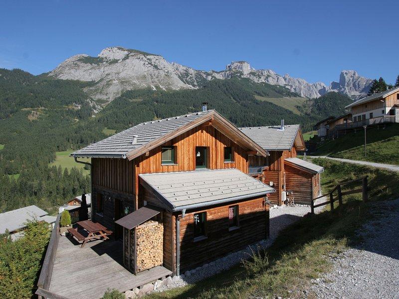 Spacious Chalet in Annaberg-Lungötz with Sauna, aluguéis de temporada em Abtenau