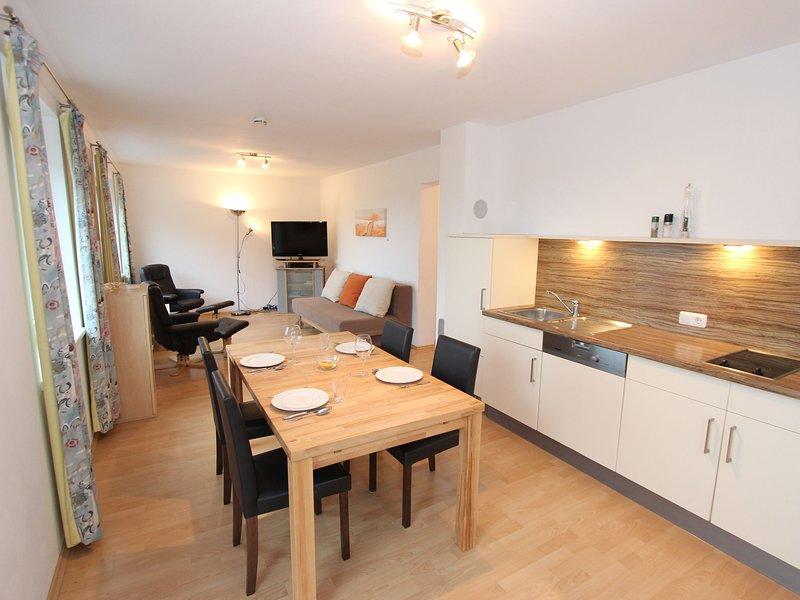 Cozy Apartment in Bruck an der Grobglocknerstrabe with Garden, casa vacanza a Fusch