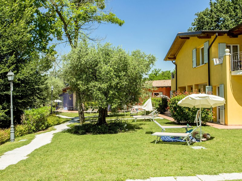 Attractive residence on Lake Garda, location de vacances à Soiano Del Lago