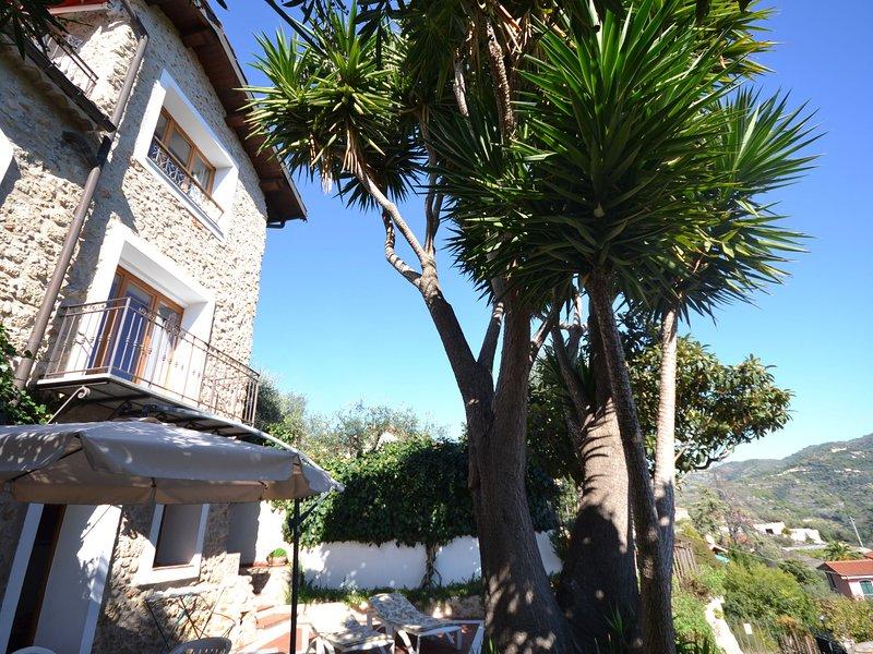 Modern Holiday Home with Sea View in Ventimiglia, aluguéis de temporada em Seglia San Bernardo
