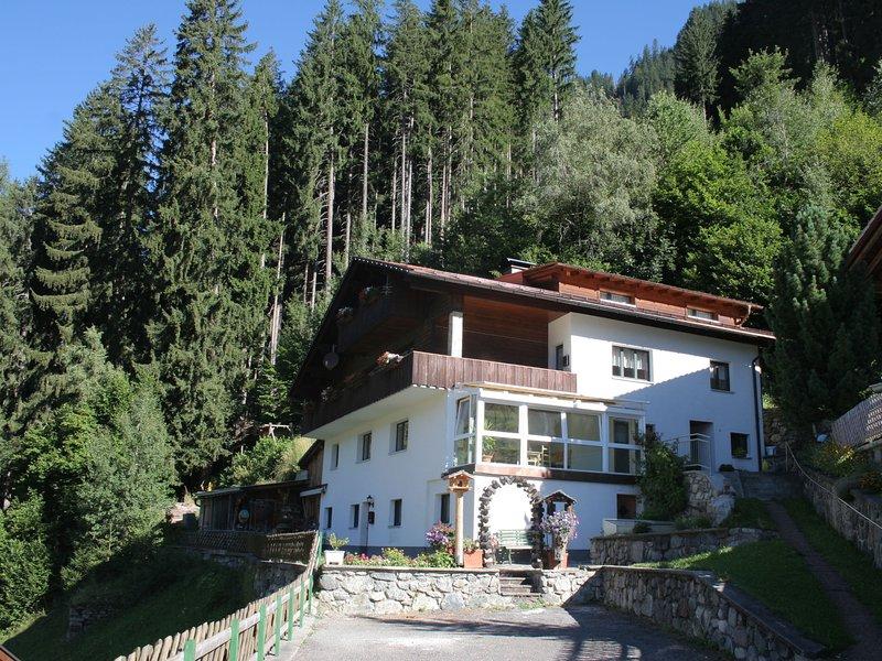 Lush Mansion in Gaschurn with Balcony, holiday rental in Galtür