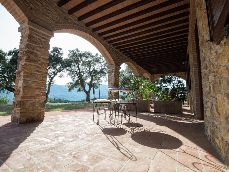 Private Holiday Home in Suvereto Tuscany with Olive trees, aluguéis de temporada em Suvereto
