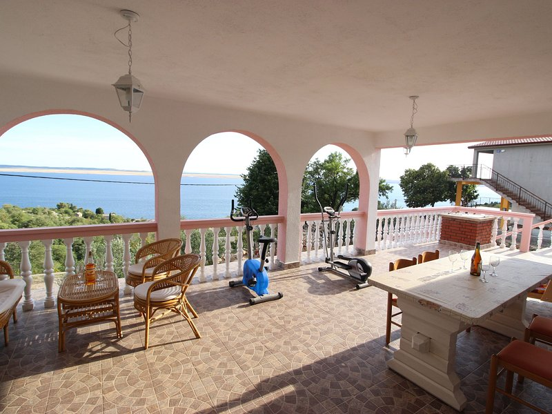 Spacious Apartment in Tribanj with Terrace, vacation rental in Tribanj