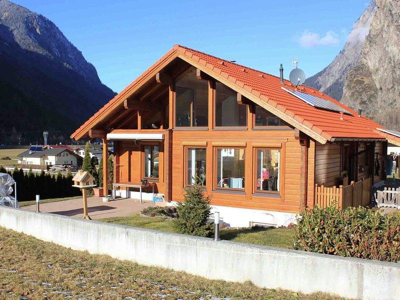 Quaint Apartment in Umhausen near Ski area, holiday rental in Sautens