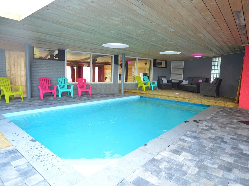 Superb house for family group with swimming pool, sauna, jacuzzi, billiards., holiday rental in Theux