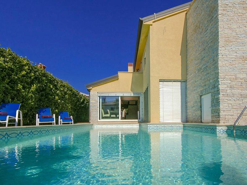Fabulous Villa in Porec Croatia With Private Swimming Pool, vacation rental in Porec