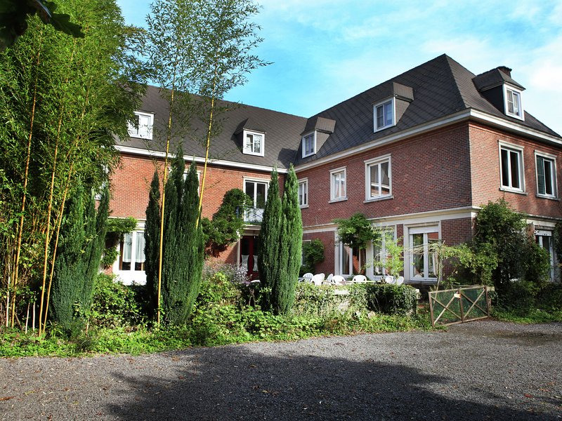 Comfortable Mansion in Doomkerke near Forest, location de vacances à Beernem
