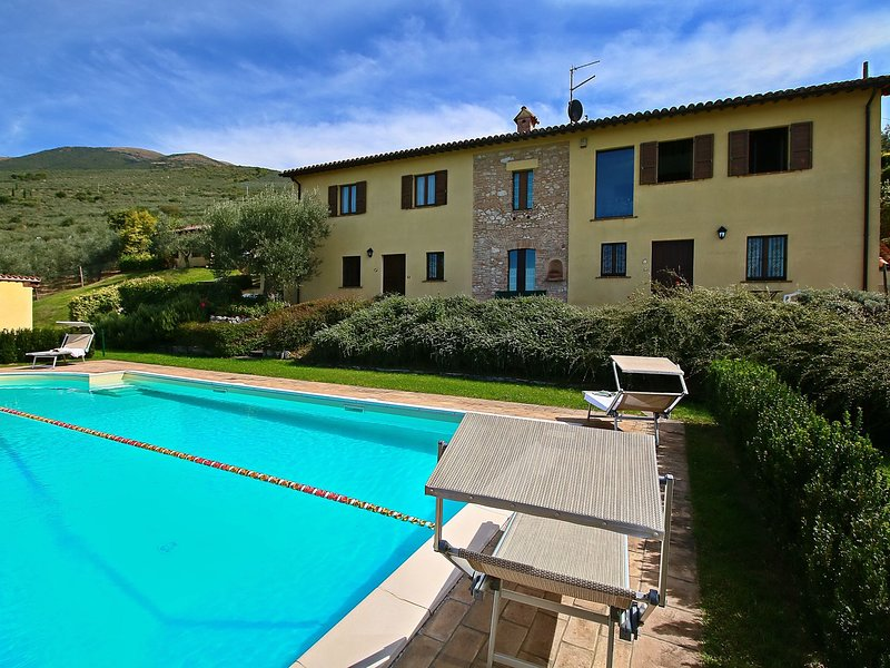 Agriturismo in the hills, private terrace, pool and views, holiday rental in Coste
