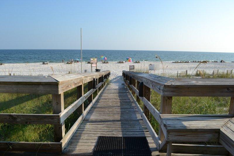 Eau, pont, bâtiment, promenade, front de mer