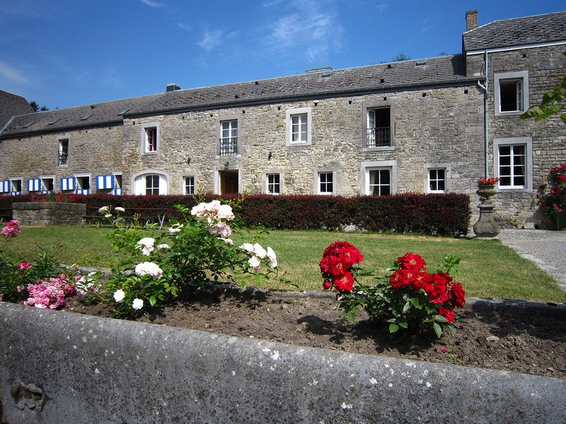 Distinctive Cottage in Barvaux-Condroz with Garden, location de vacances à Hamois