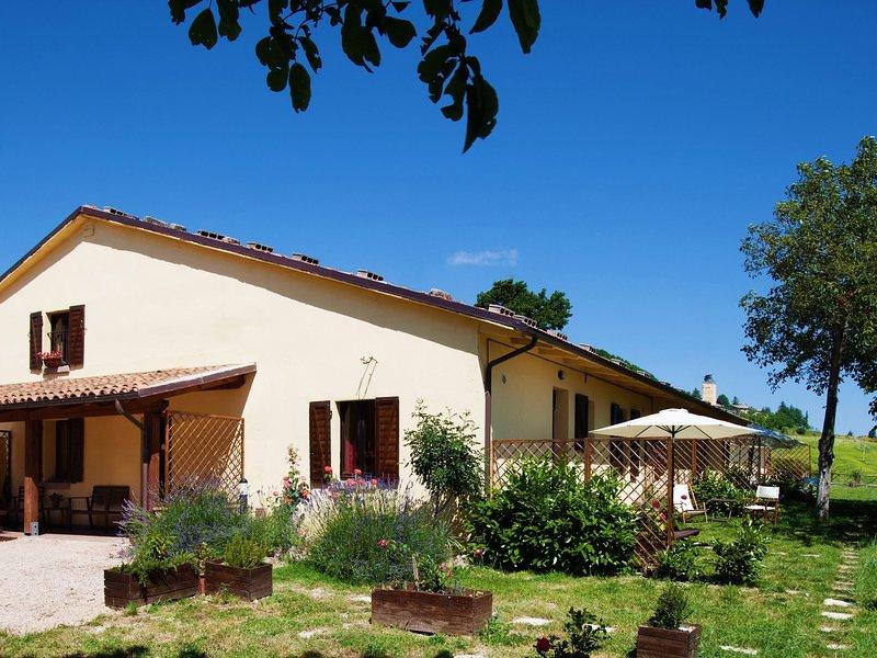 Tranquil Farmhouse in Cagli with Swimming Pool, location de vacances à Cagli