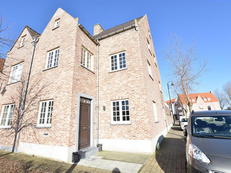 Luxurious home in a quiet neighbourhood near the sea and the centre of Knokke, location de vacances à Zeebrugge