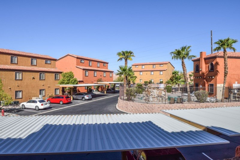 3 Bedroom Condo Near All Mesquite Has to Offer, holiday rental in Mesquite