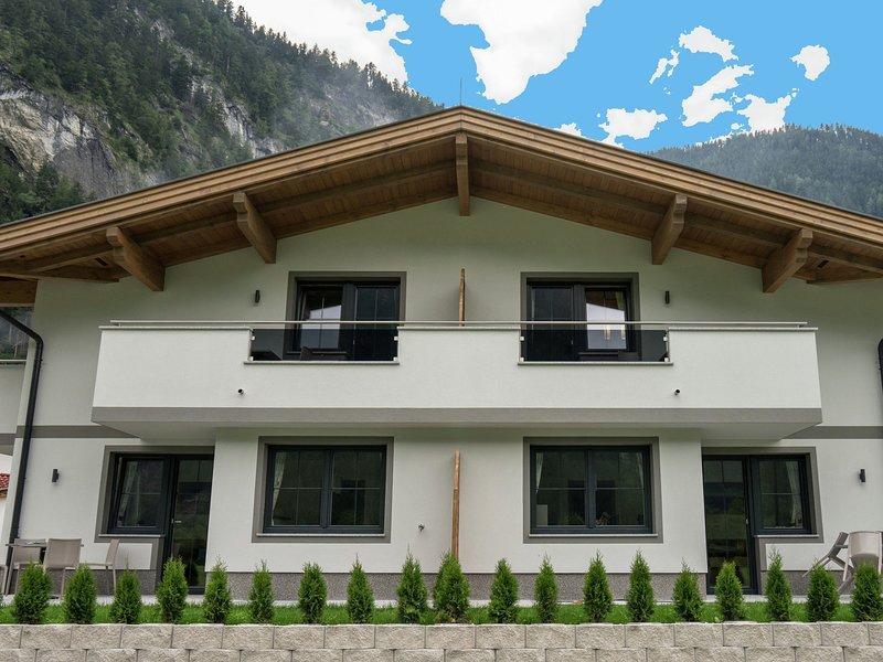 Spacious Apartment near Ski Area in Mayrhofen, holiday rental in Schwaz