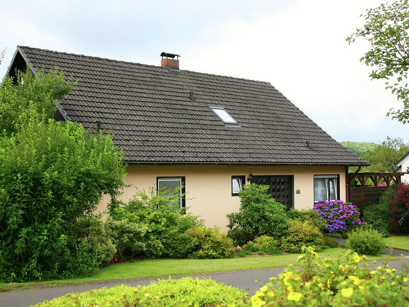 Holiday Home in Kyllburg Eifel near the Forest, holiday rental in Malberg