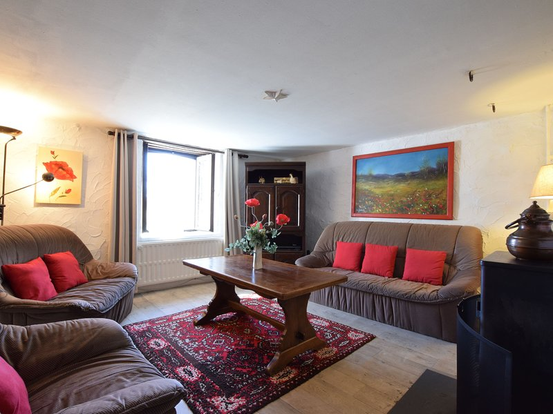 Beautiful and authentic cottage in the heart of the Ardennes, holiday rental in Bertogne