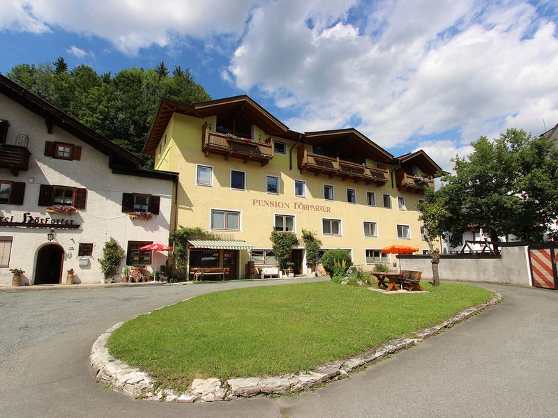 Modern Apartment in Fieberbrunn with Terrace – semesterbostad i St. Ulrich am Pillersee