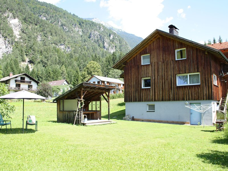 Cozy Mansion in Hermagor-Pressegger See near Ski Area, alquiler vacacional en Weissensee